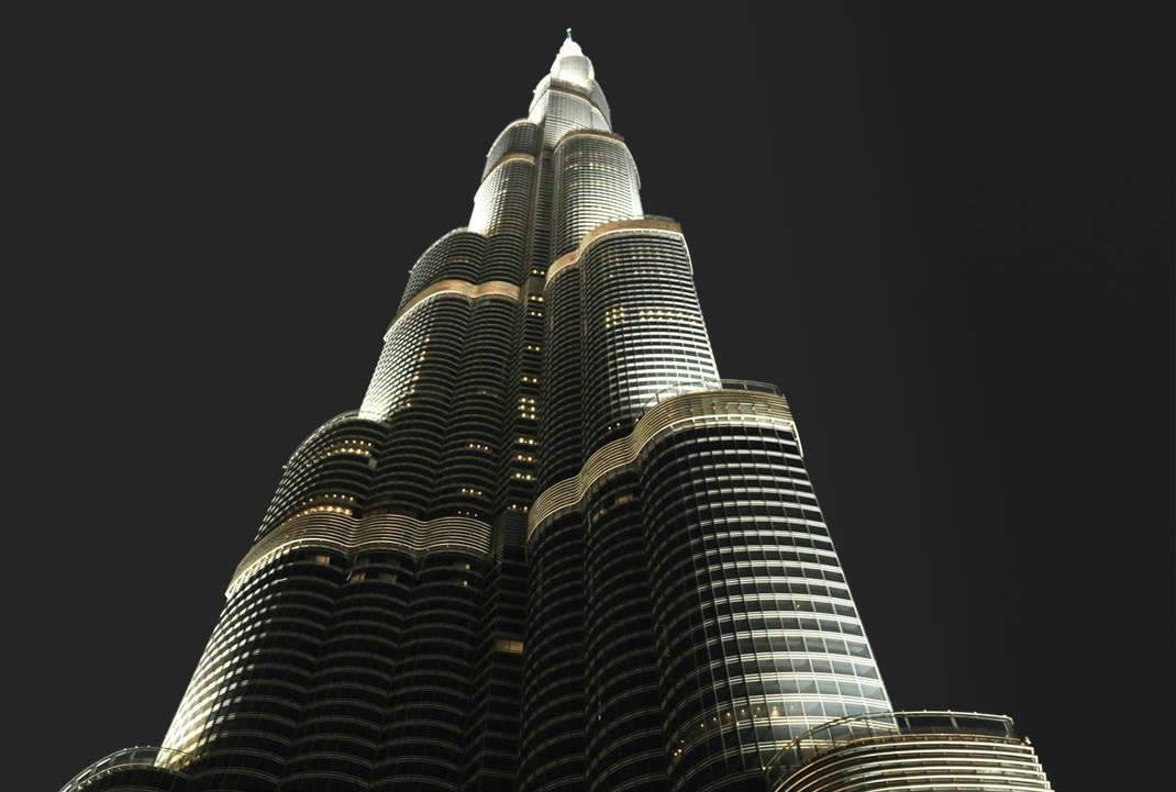 Armani hotel lures nigerians to dubai holds customer for Armani burj khalifa